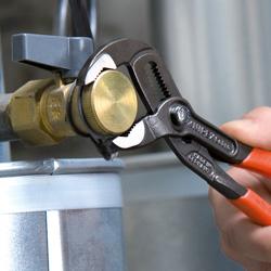 Cobra Hightech Water Pump Pliers