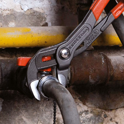 Cobra ES Water Pump Pliers extra-slim